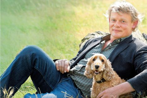 Daily Mail - Martin Clunes Tells How His Mother's Death Changed His